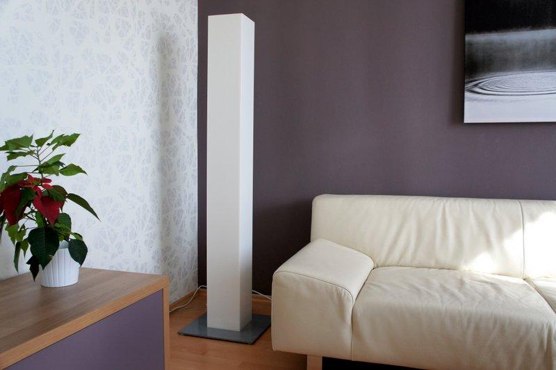 Stojací lampa - umělá kámen LG Hi-Macs