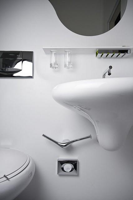 Koupelna Barbarella - umělý kámen LG Hi-Macs