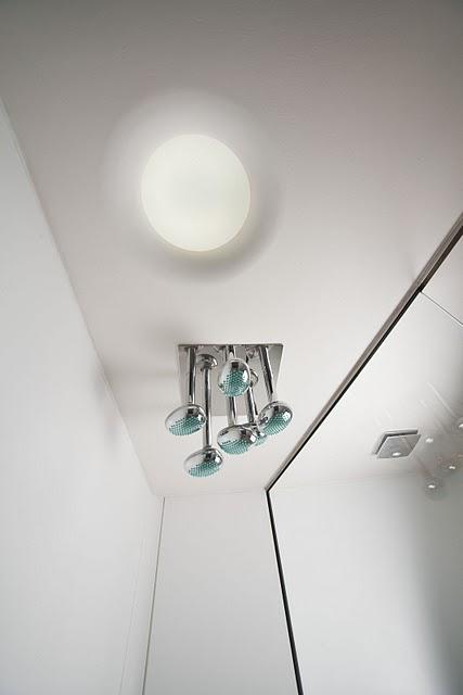 Koupelna asprchový kout - umělý kámen LG Hi-Macs