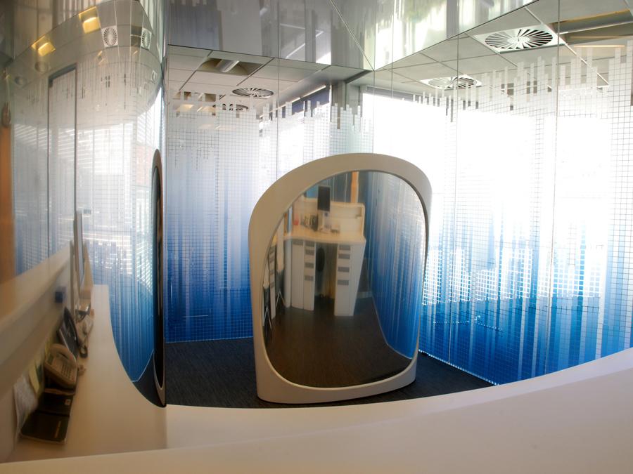 Recepční pult Patria - umělý kámen LG Hi-Macs