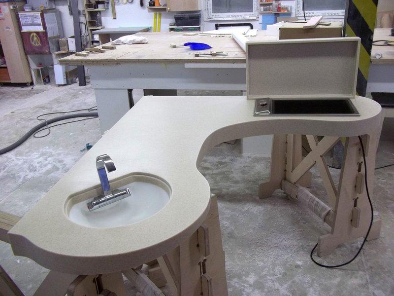 Kuchyňská pracovní deska, uzavíratelný dřez agril - umělý kámen LG Hi-Macs