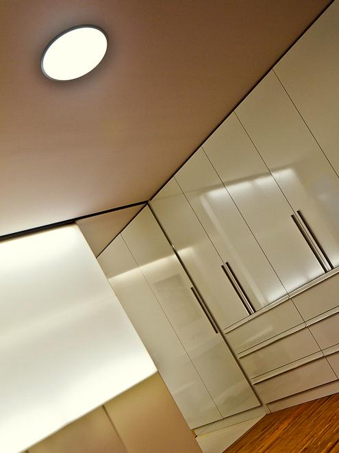 Prosvícená stěna - umělý kámen LG Hi-Macs