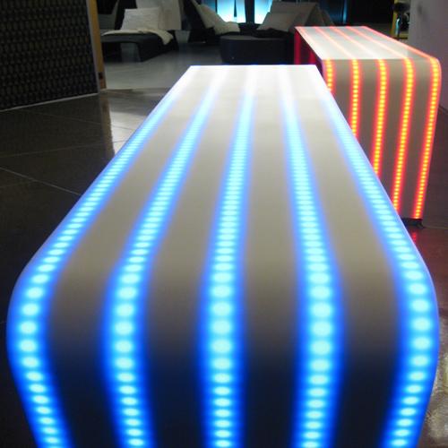 Světelné efekty Hi-Macs