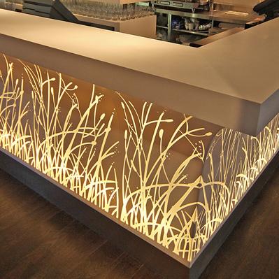 Světelné efekty zumělého kamene