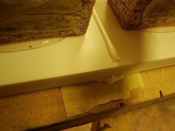 Opracování umělého kamene - lepení
